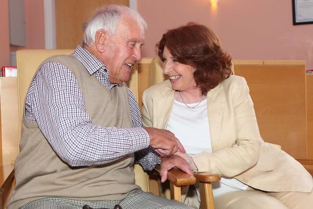 Find trained dementia caregivers
